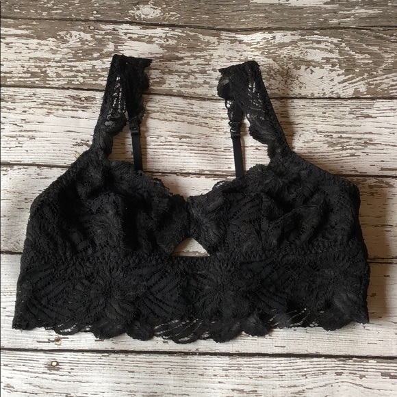 aerie Other - Aerie Keyhole Detail Lace Bralette